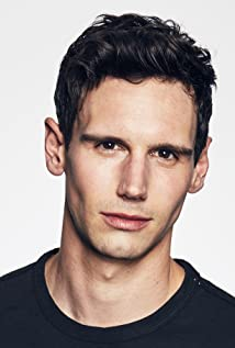 Cory Michael Smith Picture