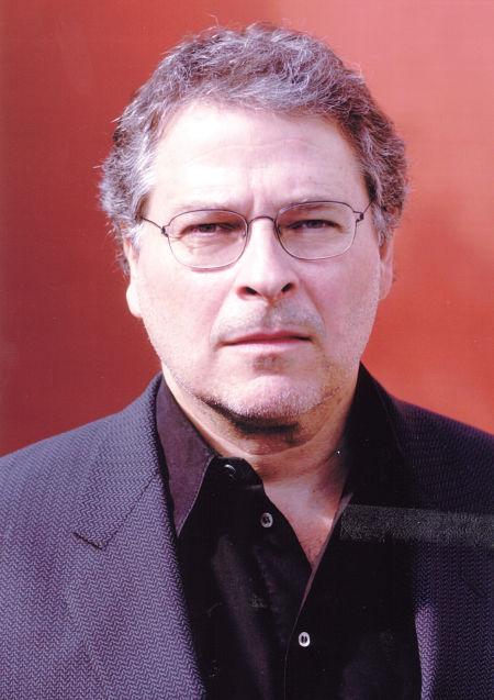 Lawrence Kasdan asked to read prison screenplay