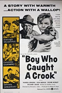 The watching movie Boy Who Caught a Crook [1280x960]