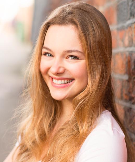 Chloé Booyens - IMDb