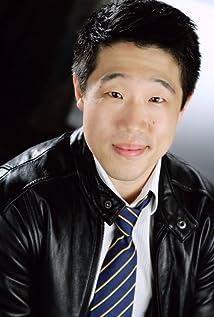 Raymond J. Lee Picture