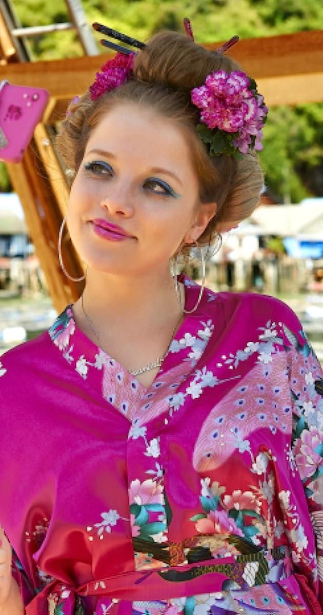 Jella Haase - IMDb