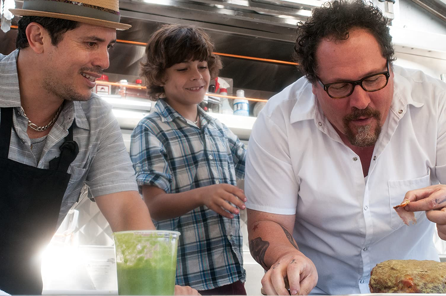John Leguizamo, Jon Favreau, and Emjay Anthony in Chef (2014)