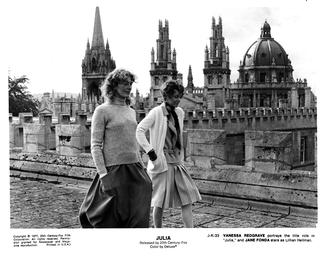 Jane Fonda and Vanessa Redgrave in Julia (1977)