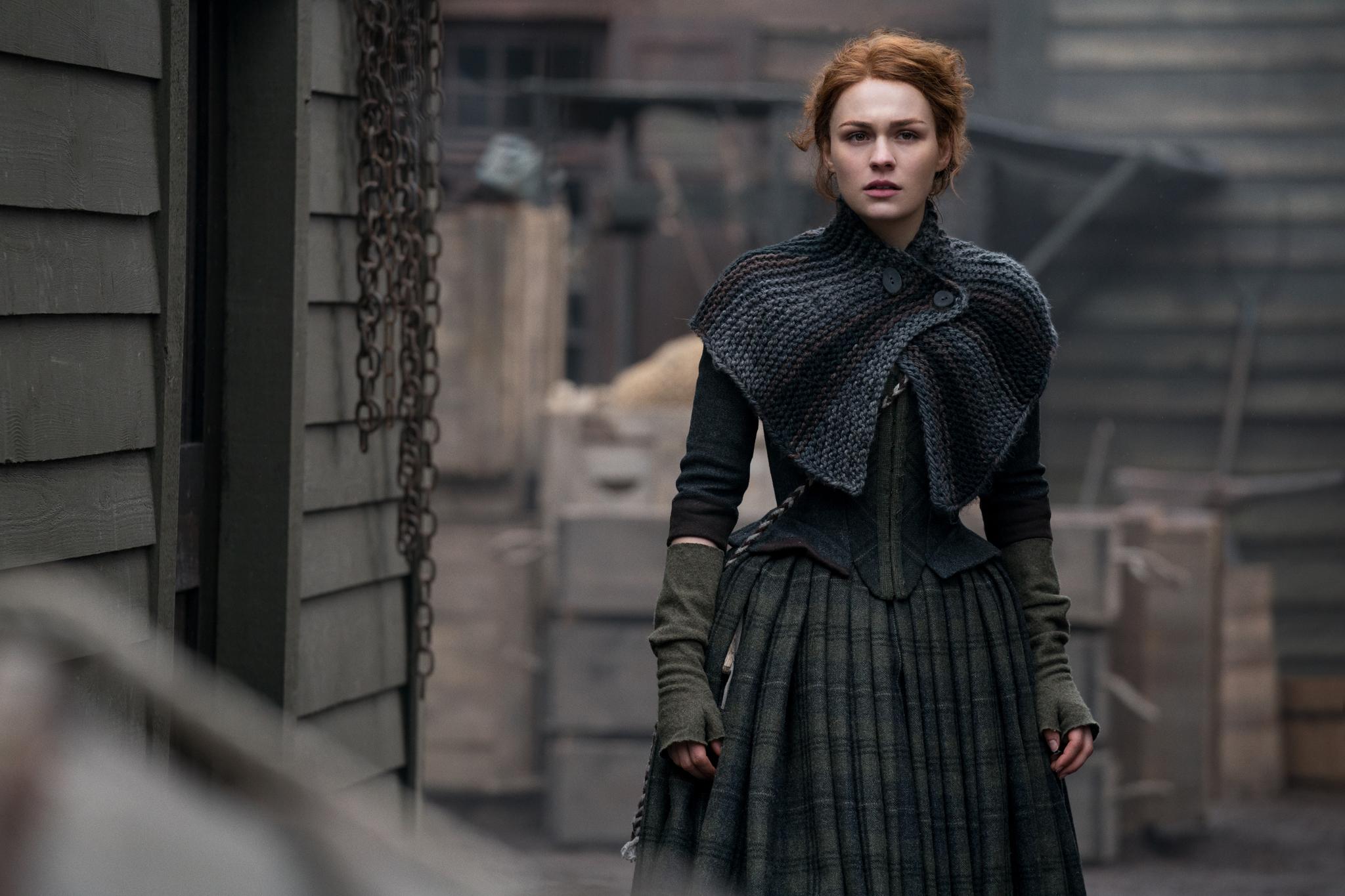 Sophie Skelton in Outlander (2014)