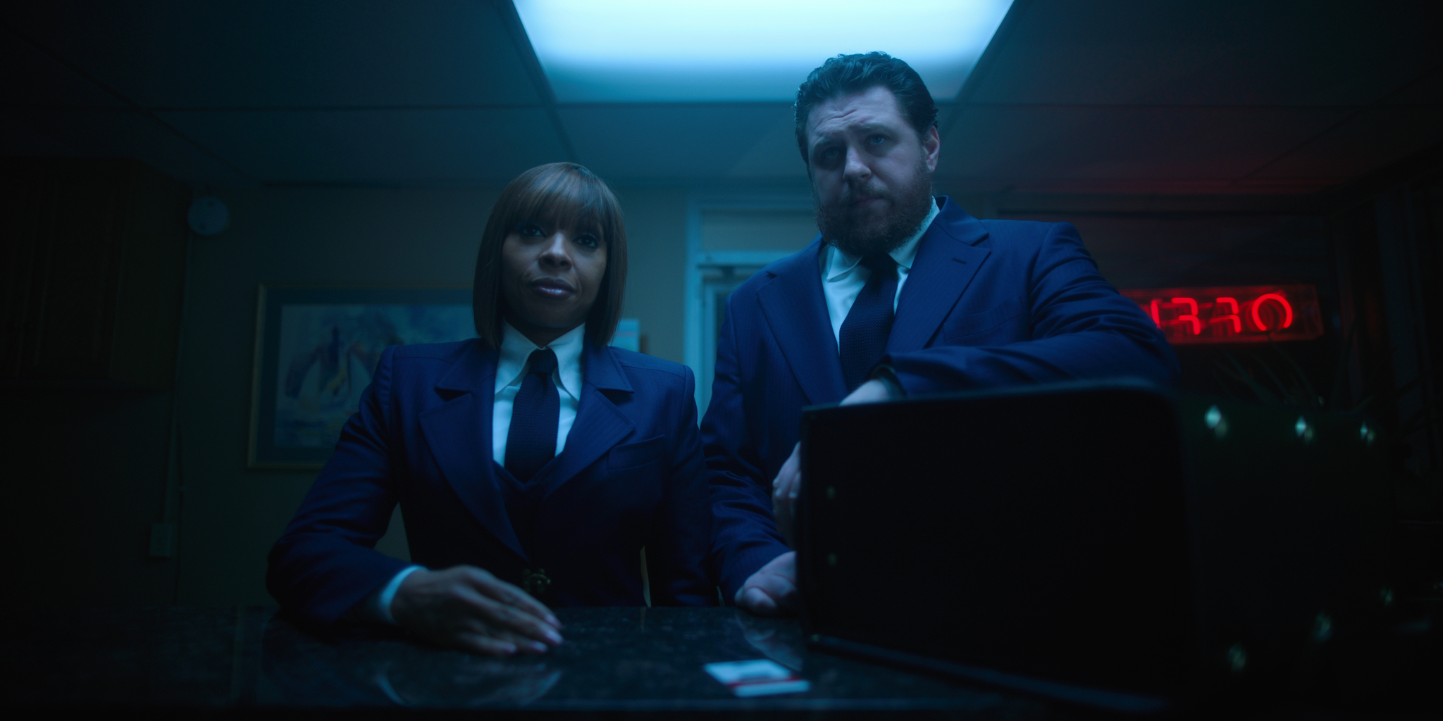 Mary J. Blige and Cameron Britton in The Umbrella Academy (2019)