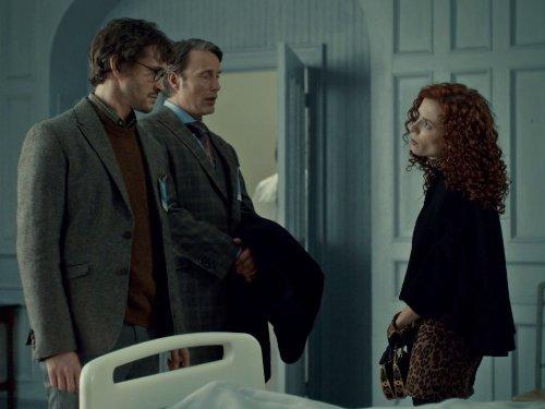 Hugh Dancy, Mads Mikkelsen, and Lara Jean Chorostecki in Hannibal (2013)