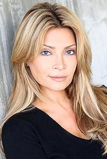 Cindy Valentine Leone Picture