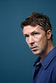 Primary photo for Aidan Gillen