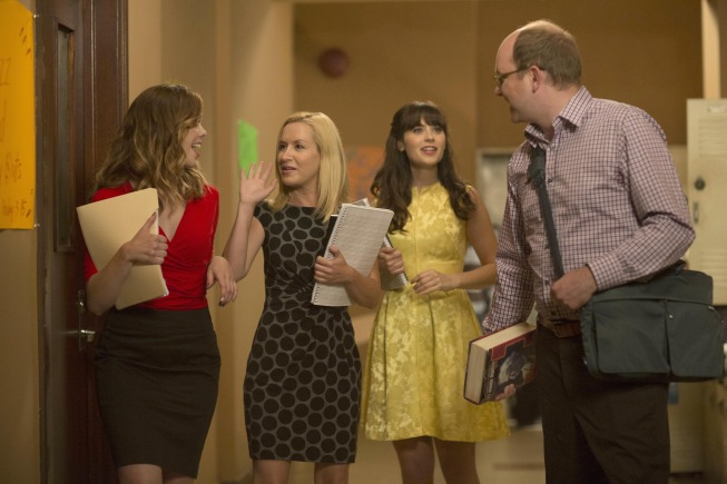 Zooey Deschanel, Mark Proksch, Angela Kinsey, and Dreama Walker in New Girl (2011)