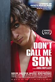 Mãe Só Há Uma Poster