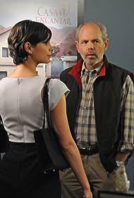Simon Baker, Joe Spano, Morena Baccarin, and Michael Arden in The Mentalist (2008)