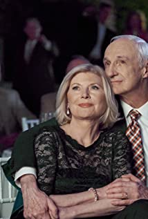 Beth Broderick Picture