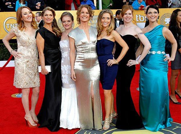 Kate O'Brien, Dendrie Taylor, Melissa McMeekin, Melissa Leo, Jenna Lamia, Bianca Hunter and Erica McDermott at the SAG Awards, 2011.