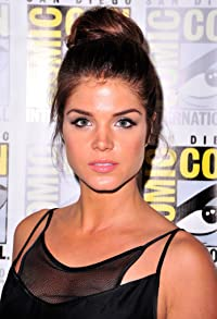 Primary photo for Marie Avgeropoulos
