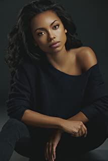 Logan Browning Picture