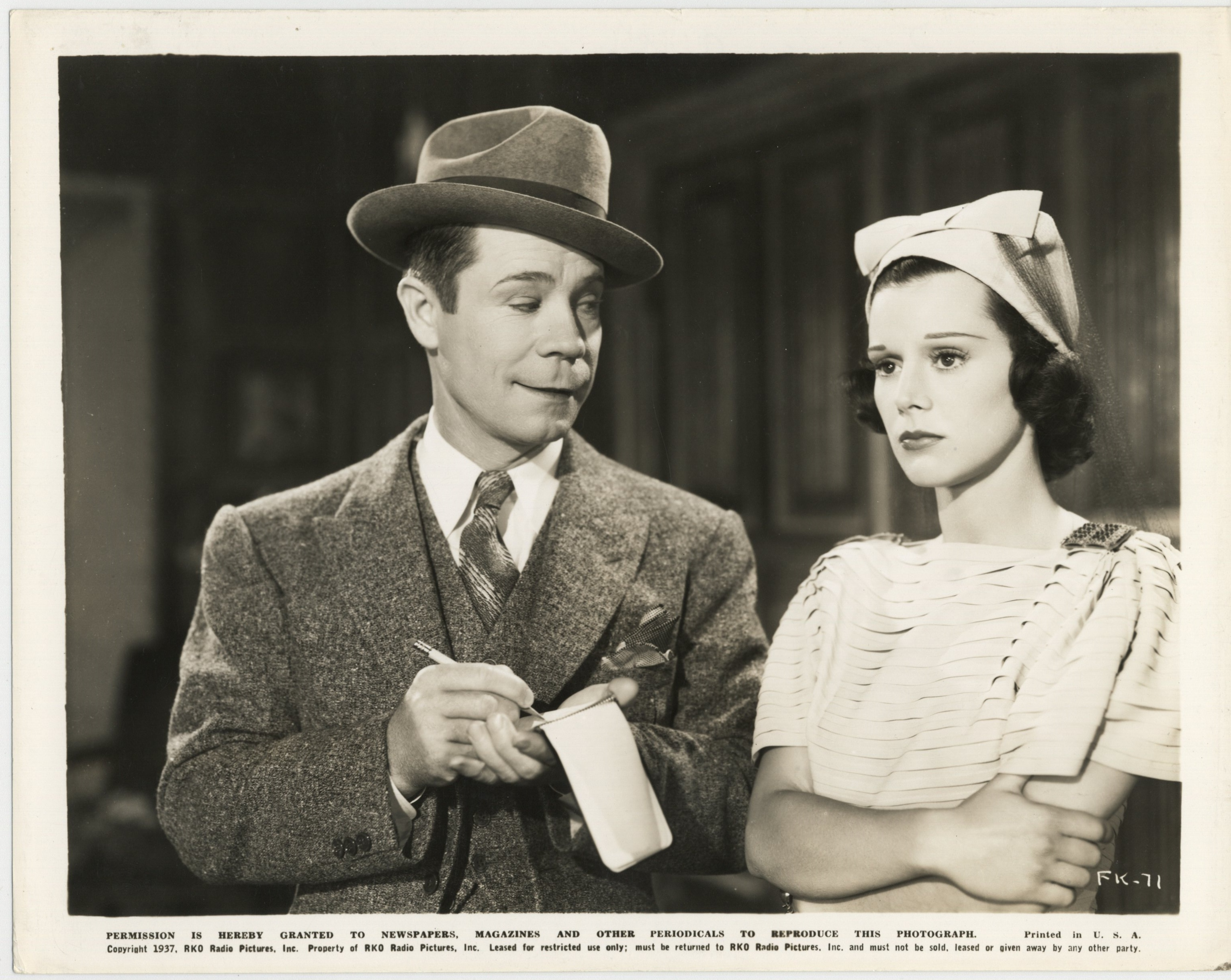 Joe E. Brown and Helen Mack in Fit for a King (1937)