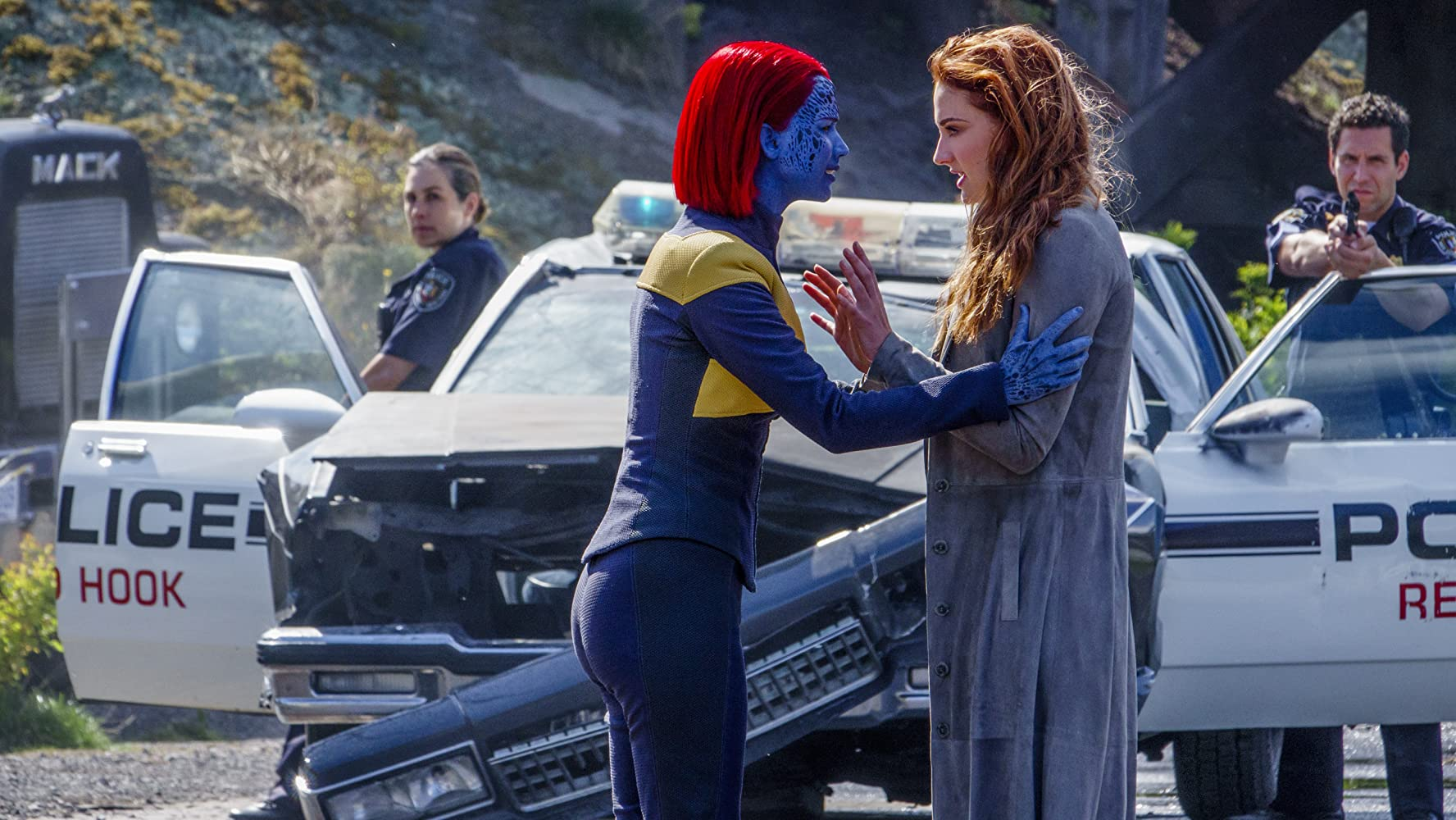 Jennifer Lawrence and Sophie Turner in Dark Phoenix (2019)
