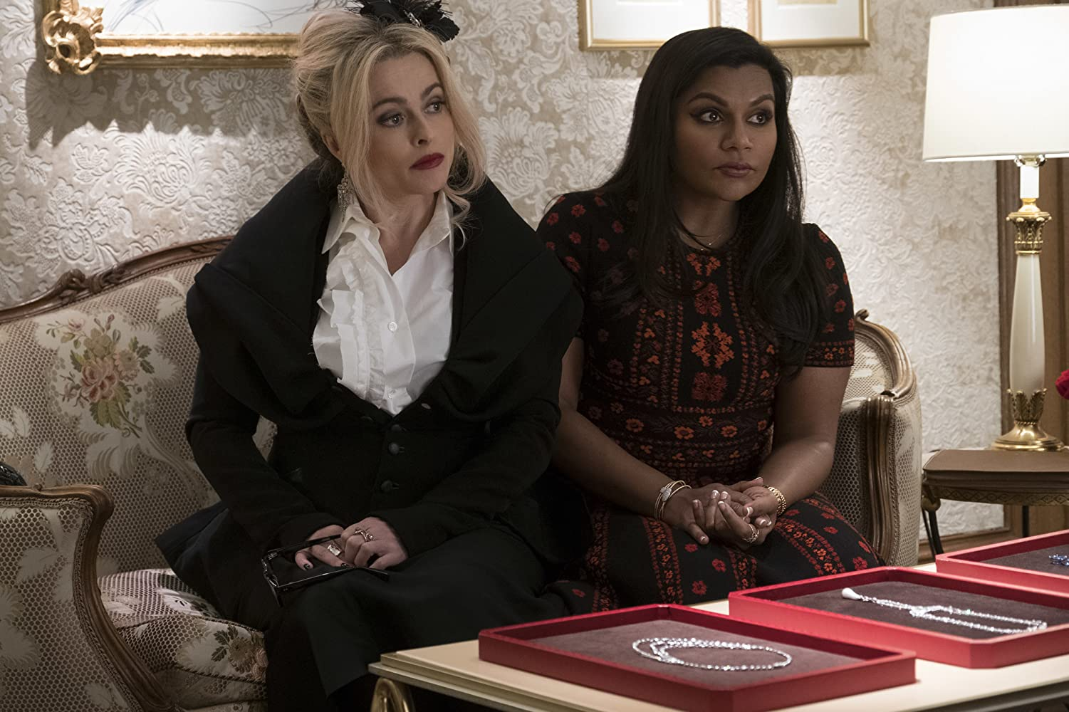 Helena Bonham Carter and Mindy Kaling in Ocean's 8 (2018)