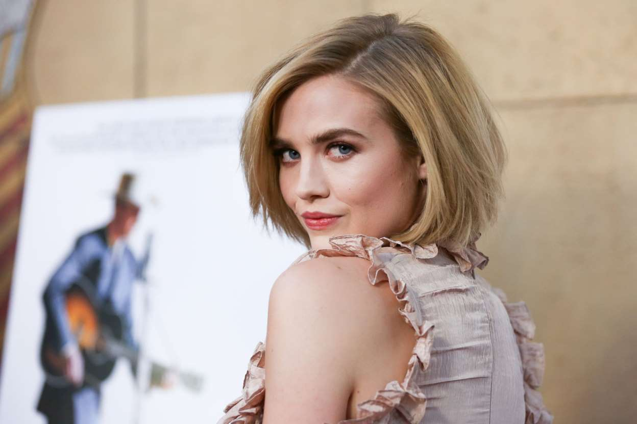 Maddie Hasson Nude Photos 72