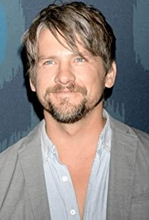 Zachary Knighton Picture
