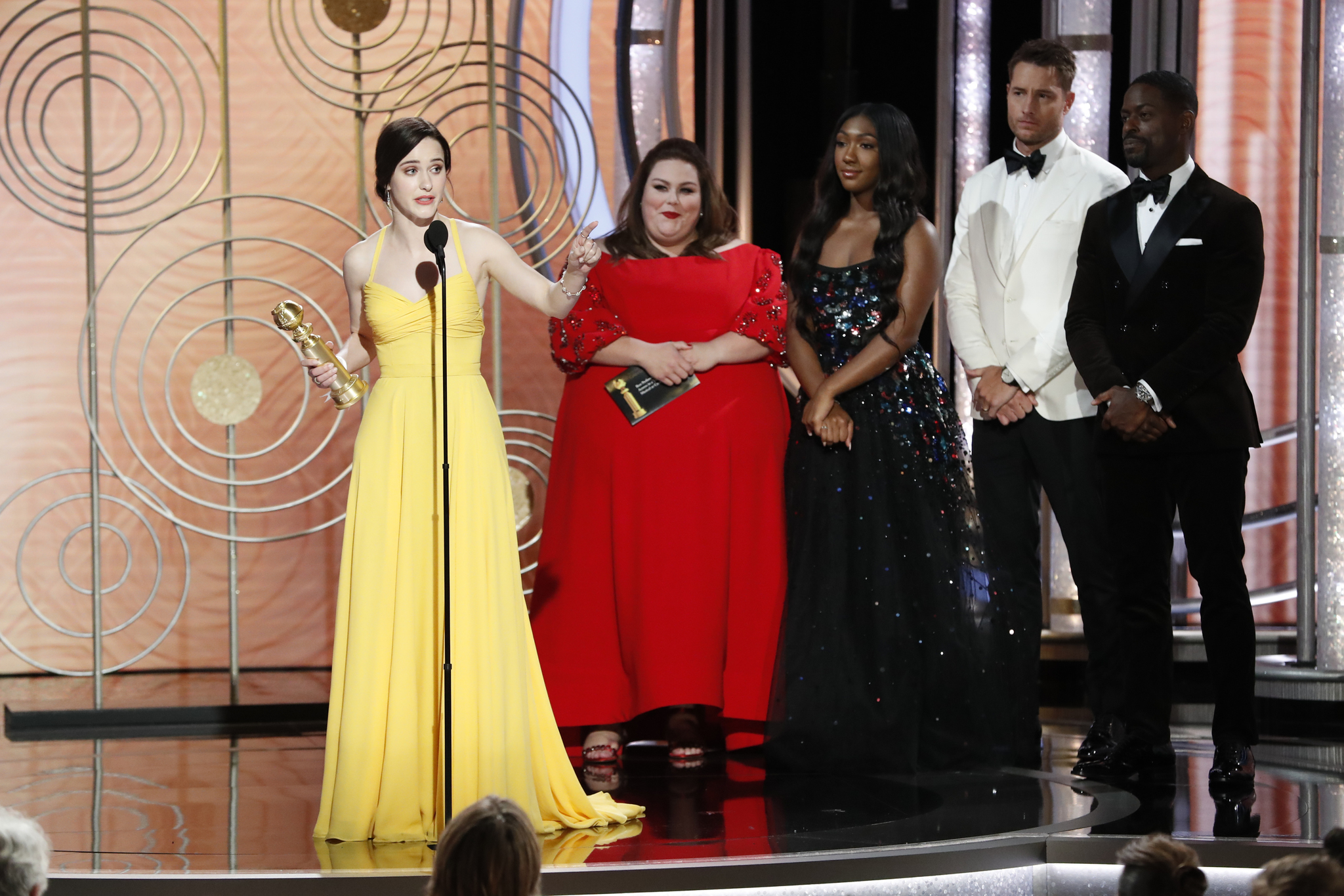 Isan Elba, Sterling K. Brown, Justin Hartley, Chrissy Metz, and Rachel Brosnahan at an event for 2019 Golden Globe Awards (2019)
