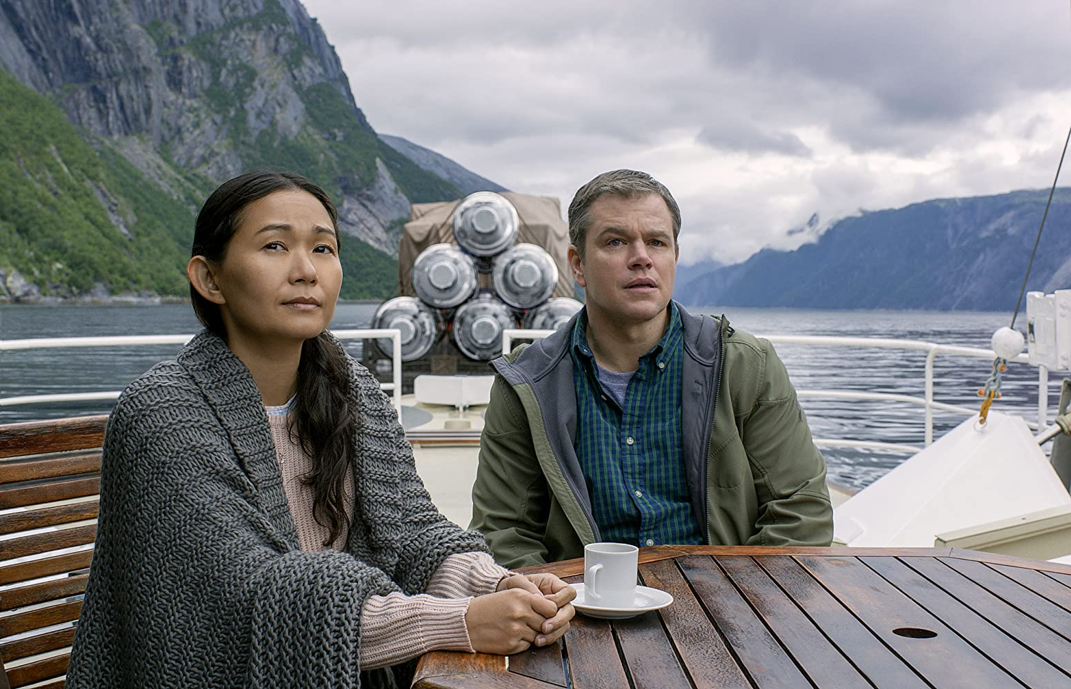 Matt Damon and Hong Chau in Downsizing (2017)