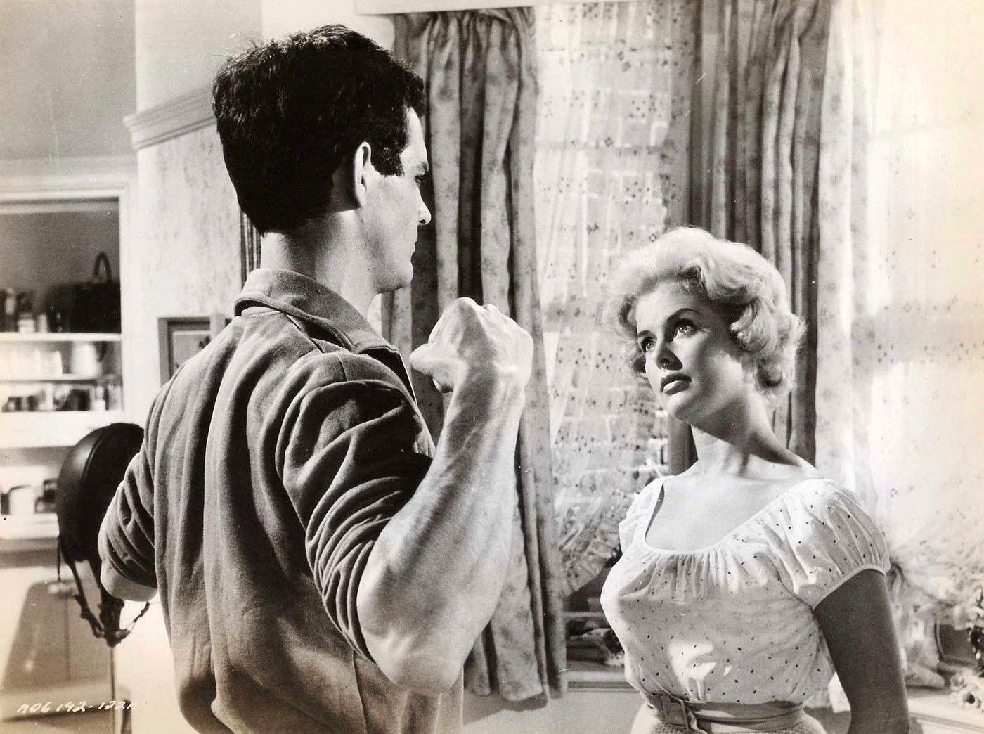 Virginia Vernon in The Millionairess (1960)