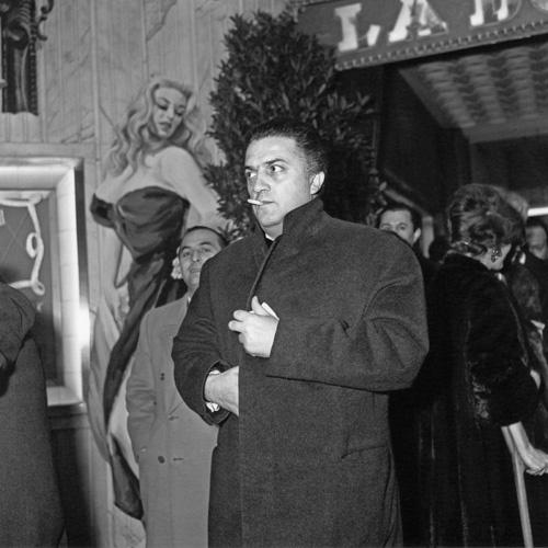 Federico Fellini in La dolce vita (1960)