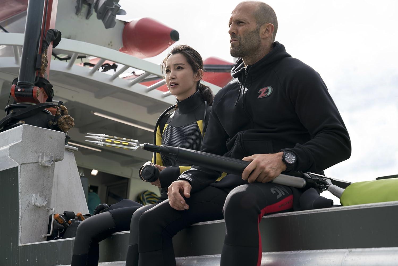 Jason Statham and Bingbing Li in The Meg (2018)