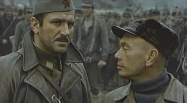 Yul Brynner and Velimir 'Bata' Zivojinovic in Bitka na Neretvi (1969)