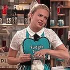 Lauren Taylor in Best Friends Whenever (2015)