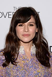 Primary photo for Yael Stone