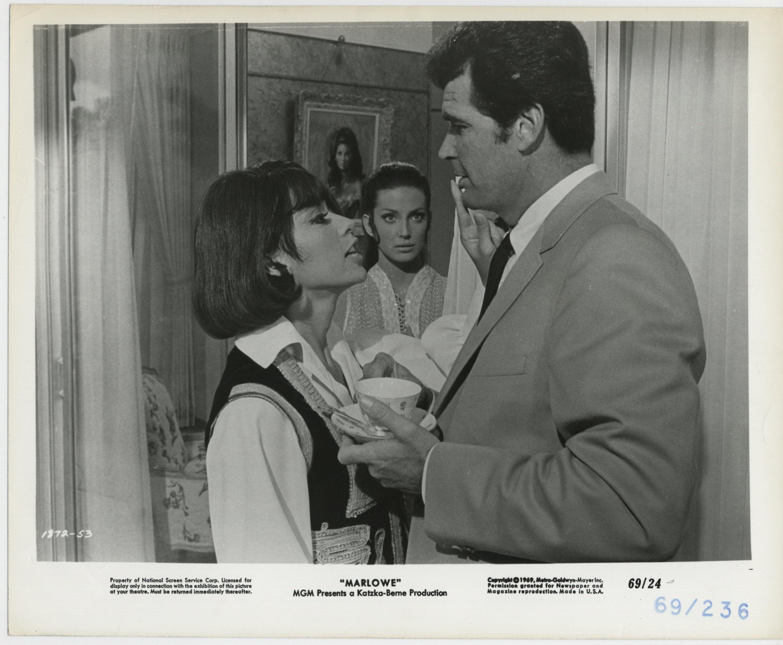 James Garner, Rita Moreno, and Gayle Hunnicutt in Marlowe (1969)