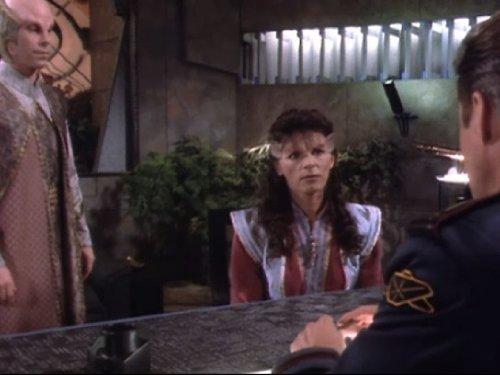 Bruce Boxleitner, Mira Furlan, and Bill Mumy in Babylon 5 (1993)