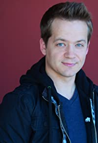 Primary photo for Jason Earles