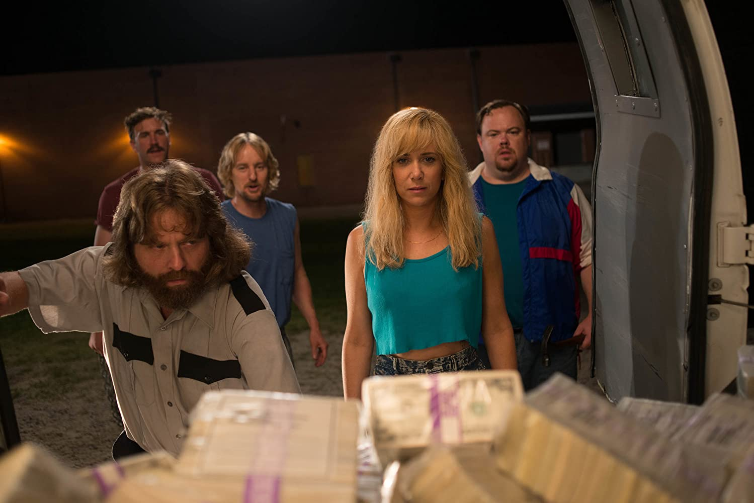 Owen Wilson, Zach Galifianakis, Devin Ratray, and Kristen Wiig in Masterminds (2016)