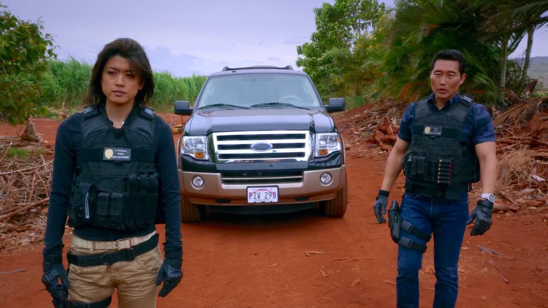 Daniel Dae Kim and Grace Park in Hawaii Five-0 (2010)
