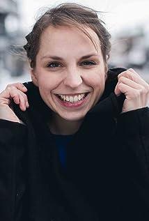Caroline Erikson Picture