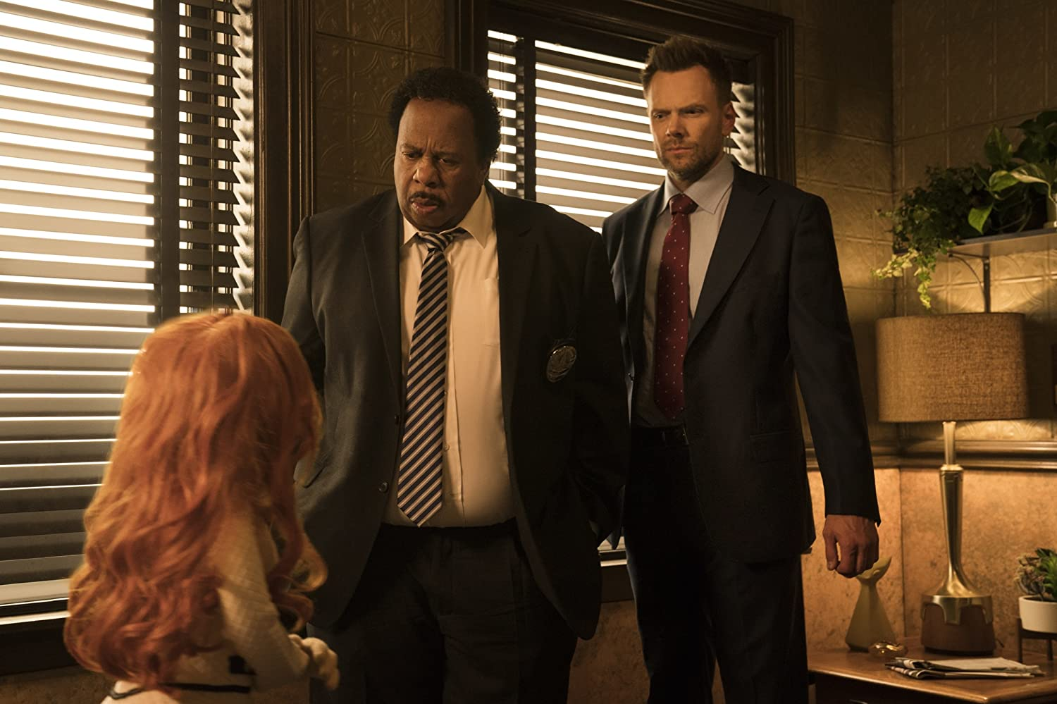 Joel McHale, Dorien Davies, and Leslie David Baker in The Happytime Murders (2018)