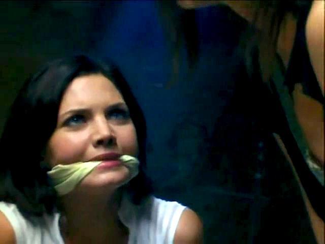 Delphine Chanéac in Laura, le compte à rebours a commencé (2006)