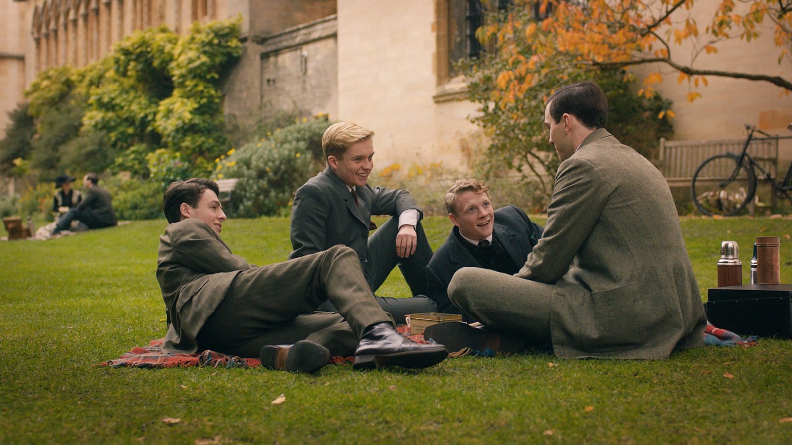 Nicholas Hoult, Patrick Gibson, Anthony Boyle, and Tom Glynn-Carney in Tolkien (2019)