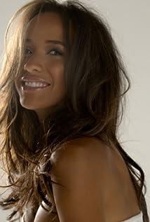 Dania Ramirez Picture