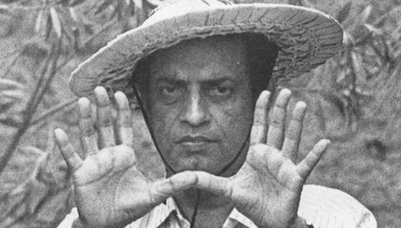 Satyajit Ray in Pather Panchali (1955)