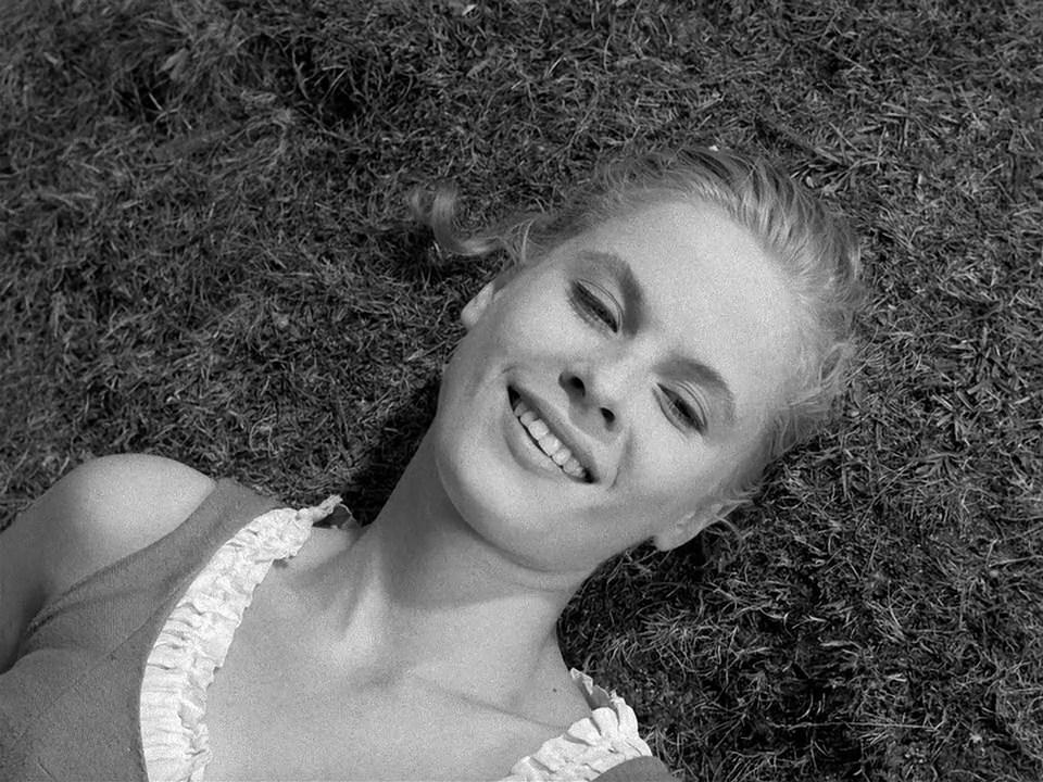 Bibi Andersson in Det sjunde inseglet (1957)