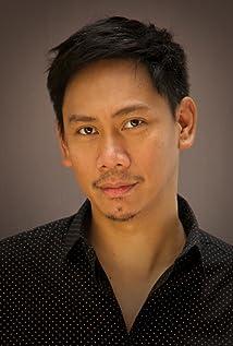 Kenneth Moraleda Picture