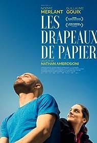 Guillaume Gouix and Noémie Merlant in Les drapeaux de papier (2018)
