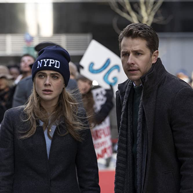 Josh Dallas and Melissa Roxburgh in Manifest (2018)
