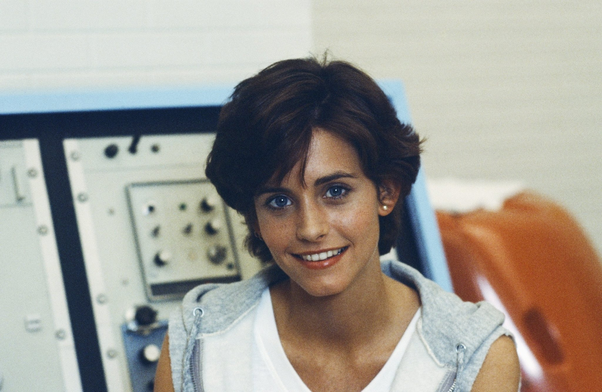 Courteney Cox in Misfits of Science (1985)