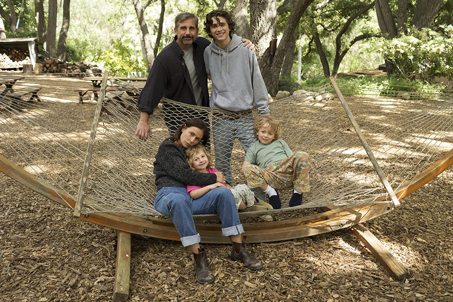Maura Tierney, Steve Carell, Timothée Chalamet, Oakley Bull, and Christian Convery in Beautiful Boy (2018)